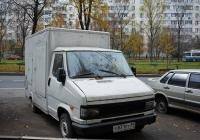 Продуктовый фургон на шасси FIAT #Х 831 РТ 99. Москва, улица Лескова