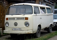 Микроавтобус Volkswagen Caravelle T2 #А 100 НО 66. Екатеринбург, район Уктус