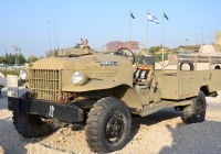 Армейский грузовик Dodge Power Wagon #050667-צ . Израиль, Латрун, музей бронетехники