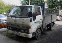 Бортовой грузовой автомобиль Toyota Toyo Ace #Н 227 НХ 72. Тюмень, Киевская улица