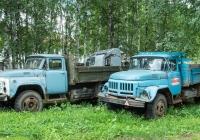 Автомобили семейства ЗиЛ-130* московской и новоуральской сборки. Вологодская область, Великоустюгский район, г. Великий Устюг, территория автотранспортного техникума