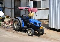 """Трактор New Holland T4030F #65-332-63. Израиль, Зихрон-Яаков, винодельня """"Тишби"""""""