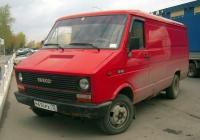 Цельнометаллический фургон IVECO Daily #М 414 РХ 72. Тюмень, улица Бакинских комиссаров