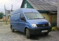Цельнометаллический фургон LDV Maxus #М 946 ВН 96. Свердловская область, Луговской, Школьная улица