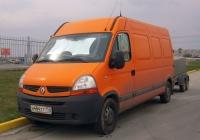 Цельнометаллический фургон Renault Master #Н 484 ТТ 150 с прицепом #ВВ 4900 50  . Тюмень, улица Мельникайте