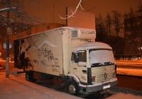 Фургон на шасси Renault #Х 218 НВ 199. Москва, улица Зои и Александра Космодемьянских