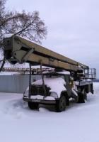 Автоподъемник на шасси ЗиЛ-130*. Самара, Самарская площадь