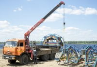 Грузовик с КМУ UNIC V500 на шасси КамАЗ-43118. Самара, вторая очередь набережной реки Волги