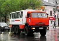 Вахтовый автобус НефАЗ-4208* на шасси КамАЗ-43114 #М 900 УО 86. Калуга, улица Ленина