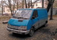 """Фургон Renault Trafic (второго поколения) #В 756 ХЕ 163. Самара, улица Ново-Садовая, двор дома №42 (""""Интеграл"""")"""