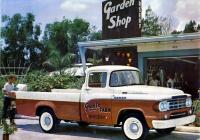 Пикап Dodge D100 Sweptside Pickup выпуска 1957-1959 модельных годов.. США