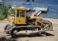 бульдозер на базе трактора Т-170 #6480 СВ 63 . Самара, набережная реки Волги