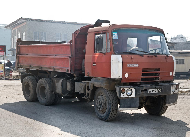 Самосвал Tatra T815S3 #A 495 BC. Алматы, улица Саина