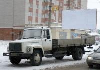 Бортовой грузовик 3034PU на удлинённом шасси ГАЗ-3309 #В 208 УН 35. Вологда, улица Ленинградская