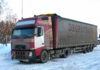 Седельный тягач Volvo FH12 #В 873 РВ 35 . Архангельская область, Котласский район, поселок Приводино, Вахонинский проезд
