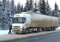 Седельный тягач Renault #К 843 ВС 40 . Архангельская область, Котласский район, поселок Приводино, Вахонинский проезд
