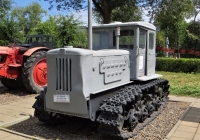 "Трактор Т-74. Оренбург, парк ""Салют, Победа"""