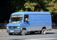 Цельнометаллический фургон на шасси Mercedes-Benz T2 (1986), #В 177 КН 61. Ростов-на-Дону, Буденновский проспект