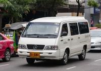 Микроавтобус Mercedes-Benz MB 140D #31-3381. Таиланд, Бангкок