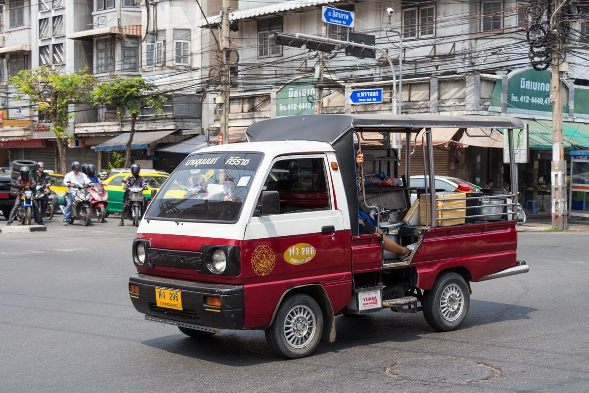 Бортовой грузовик Suzuki Carry. Таиланд, Бангкок