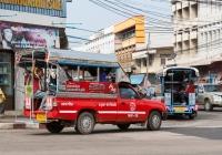 Пикап Toyota Hilux #10-6170, оборудованный для перевозки пассажиров. Таиланд, Убон Ратчатани