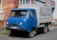 Бортовой грузовой автомобиль УАЗ-3303 #В 239 СР 66. Свердловская область, Луговской, улица 8-марта