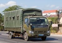 Бортовой тентованный грузовик Isuzu NPR #77B-0606. Вьетнам, Провинция Каньхоа