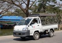 Бортовой грузовик Toyota Lite Ace 2H-9262, оборудованный для перевозки пассажиров. Мьянма, Дала