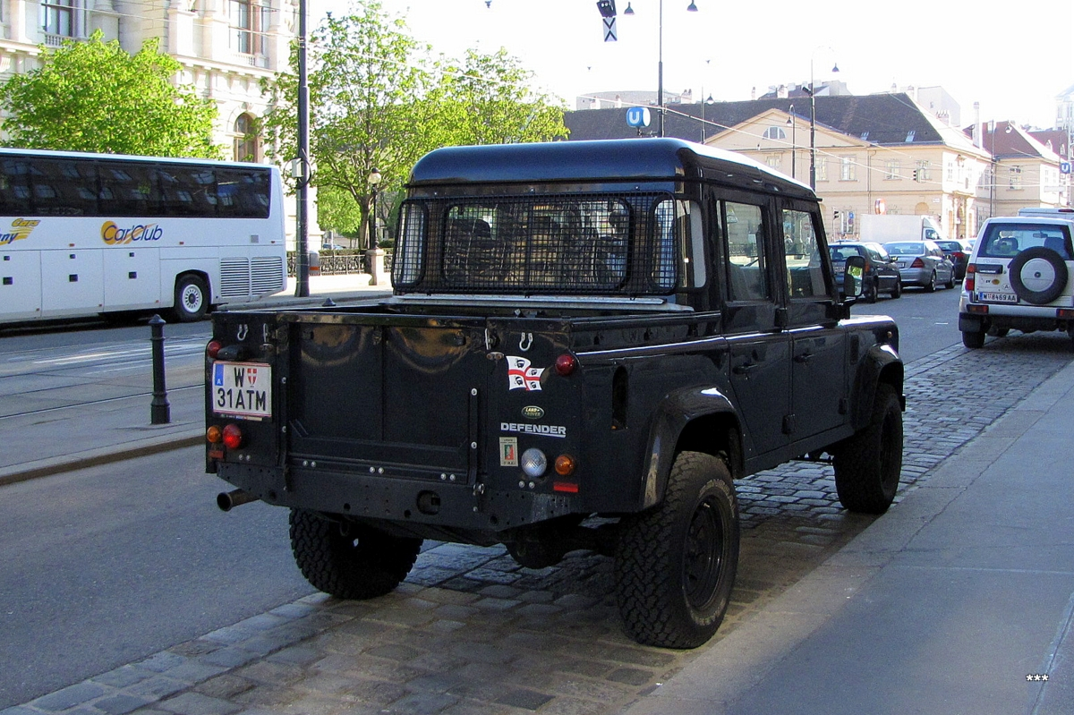 Пикап Land Rover Defender . Австрия, Вена