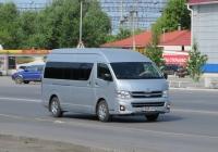 Микроавтобус Toyota Hiace #Е 045 КМ 45. Курган, Станционная улица