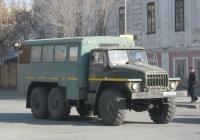 Вахтовый автобус НЗАС-4951-01 на шасси Урал-4320 #Р 483 ТЕ 74. Курган, улица Савельева