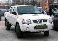 Пикап Nissan NP300 #К 009 КС 72 . Тюмень, улица Максима Горького