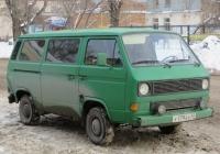 Микроавтобус Volkswagen Transporter T3 #У 179 ЕХ 45. Курган, улица Куйбышева