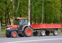 Трактор Kubota L5740. Россия, Санкт-Петербург, Петергоф, Санкт-Петербургский проспект