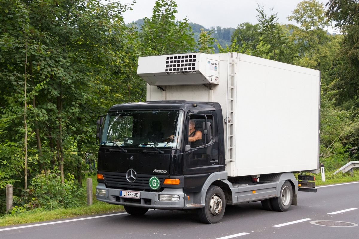 Фургон на шасси Mercedes-Benz Atego #L 289 JE. Австрия, Альтмюнстер