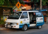 Микроавтобус Nissan Vanette #KV 4308 B. Малайзия, Лангкави, Пантай Ченанг