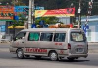 Микроавтобус Hyundai Grace #79N-1340. Вьетнам, Нячанг