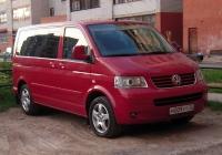 Микроавтобус Volkswagen Multivan T5 #М 009 УТ 72 . Тюмень, Сосьвинская улица