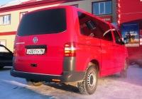 Микроавтобус Volkswagen Transporter T5 #О 001 ТУ 96 . Свердловская область, Тугулым, улица Федюнинского