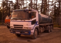 Цистерна для технической воды на шасси Mitsubishi Fuso Super Great (праворульный). Сахалинская область, Ногликский район, вахтовый поселок Киринского ГКМ