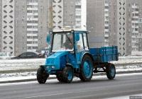 Трактор ХТЗ-3512 #03238 КС с одноосным прицепом. Киев, проспект Петра Григоренко