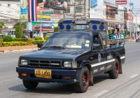 Пикап Mazda B2500 #10-1499, оборудованный для перевозки пассажиров. Таиланд, Районг
