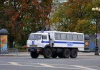 Полицейский вахтовый автобус на шасси КамАЗ-43114 #М 0247 78. Россия, Санкт-Петербург, Дворцовая площадь
