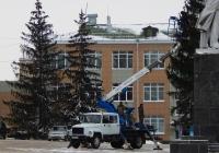 Автоподъёмник на шасси ГАЗ-3309 # О 803 ВК 31. Белгородская область, г. Алексеевка, пл. Победы