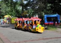 """Детский автопоезд. Сумская область, г. Сумы, парк """"Дружба"""""""