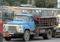 Автомобиль для перевозки балонов с сжиженным газом (ГТК-40?) на шасси ГАЗ-53-12 #Е 581 ВЕ 55. Омская область,улица Дианова