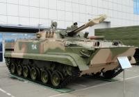Боевая машина пехоты БМП-3 на выставке ВТТВ-Омск-2013. Омская область, город Омск, Областной экспоцентр