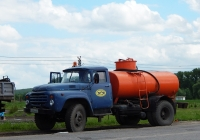 Автоцистерна на шасси ЗиЛ-431412 # С 214 РА 31. Белгородская область, г.  Бирюч, ул. Маркина