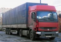 Седельный тягач Renault Premium #О 233 АК 190 с полуприцепом. Тюмень