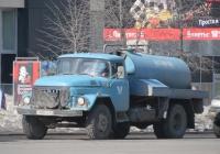Ассенизационная машина ВМК-5,8 на шасси ЗиЛ-431412 #Х 888 КЕ 45. Курган, улица Ленина